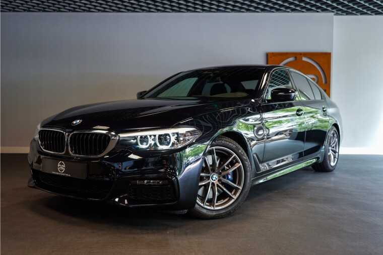 Foto van BMW 5 Serie 530i M Sportpakket High Executive Edition 252PK | harman/kardon | Sfeerverlichting