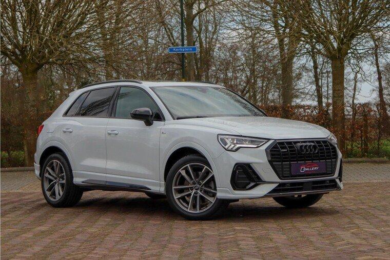 Foto van Audi Q3 40 TFSI quattro S EDITION - 3X S-Line l Pano l ACC l Trekhaak electr - Fabrieksgarantie tot 12-2021