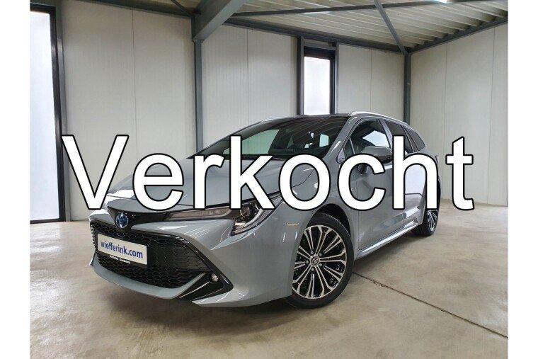 "Toyota Corolla Touring Sports 1.8 Hybrid Business navigatie led 17"" camera"