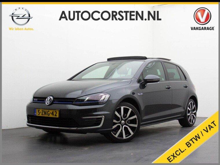 "Foto van Volkswagen Golf 1.4TSI GTE 204Pk! (Ex. Btw) Panorama Navi 18""LM Ecc Led"