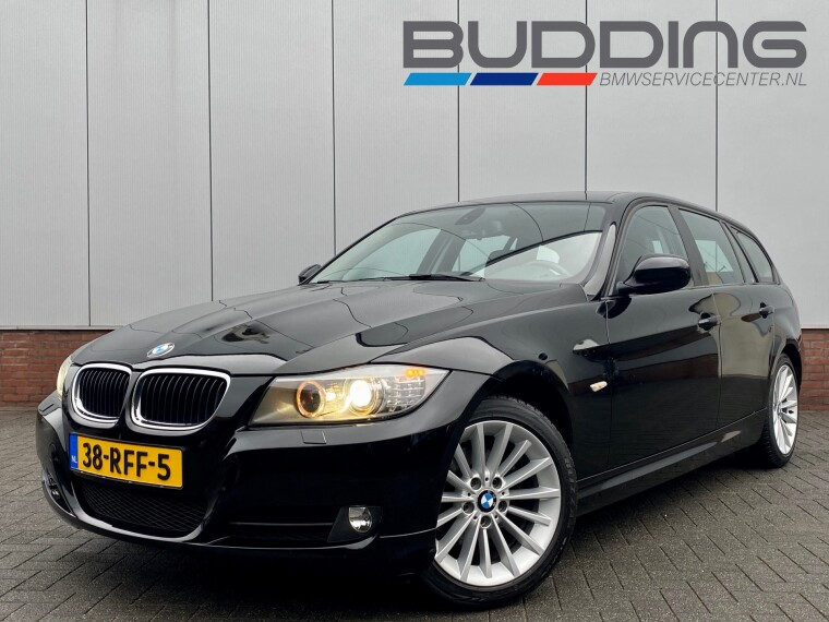 Foto van BMW 3 Serie Touring 318i Corporate Lease Luxury Line