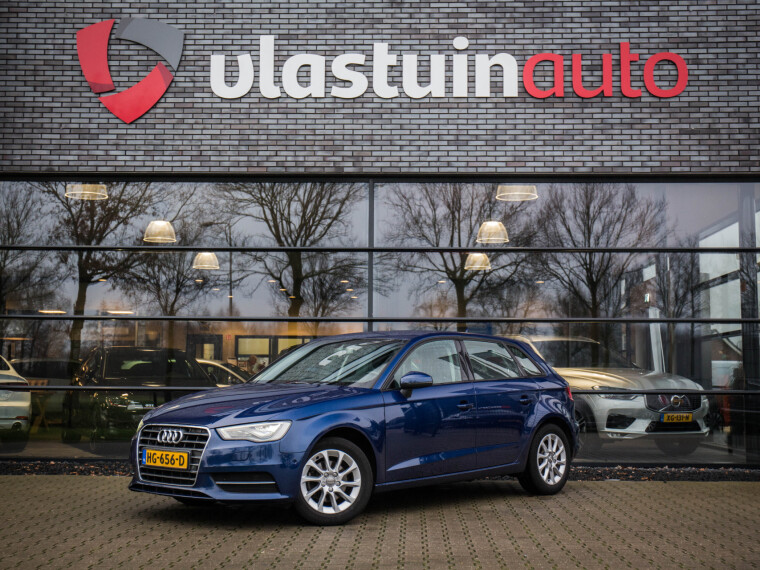 Foto van Audi A3 Sportback 1.6 TDI Attraction Pro Line plus