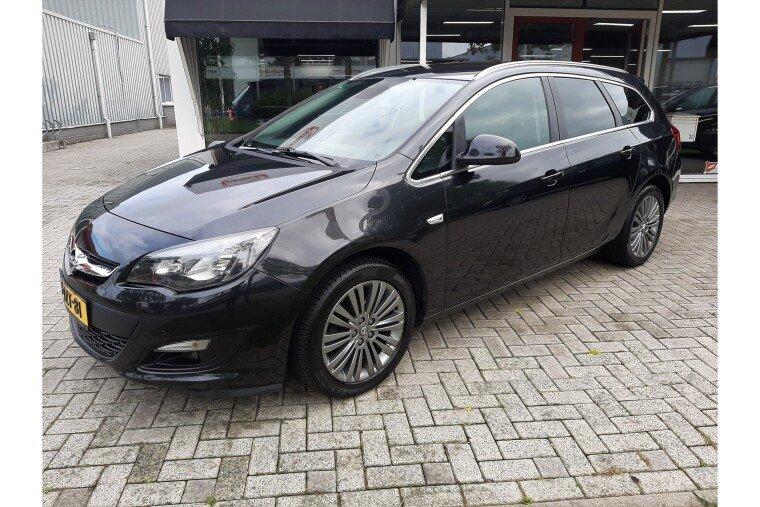 Foto van Opel Astra Sports Tourer 1.4 Turbo Business + LPG G3 | 6 bak |