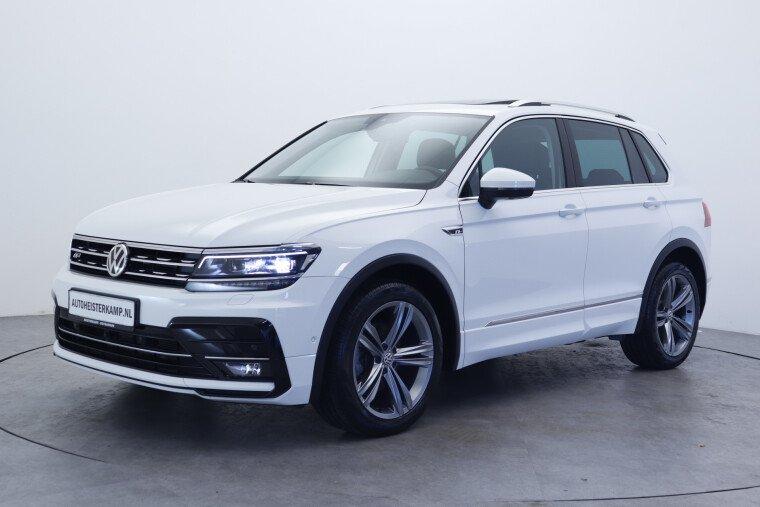 Volkswagen Tiguan 1.5 TSI 150pk DSG/AUT ACT Highline Business R Panormadak, Led verlichting, Trekhaak, 360 camera