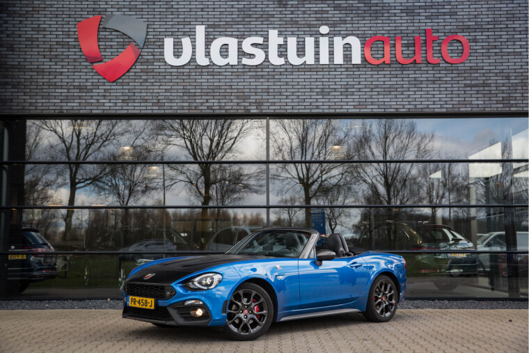Foto van Abarth 124 Spider 1.4 MultiAir Turbo Abarth