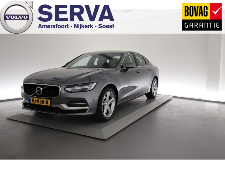 Foto van Volvo S90 D4 Momentum Intro