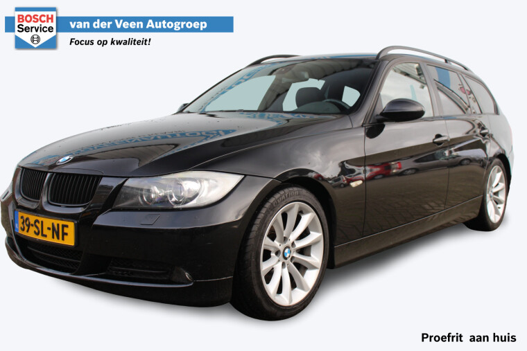 Foto van BMW 3 Serie Touring 320i High Executive