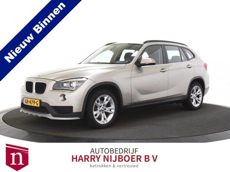 BMW X1 sDrive 20i Executive NL-Auto