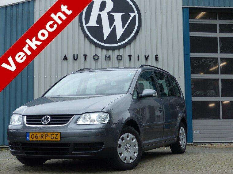 Foto van Volkswagen Touran 1.6 Airco/Cruise/C.P.V./Trekhaak/