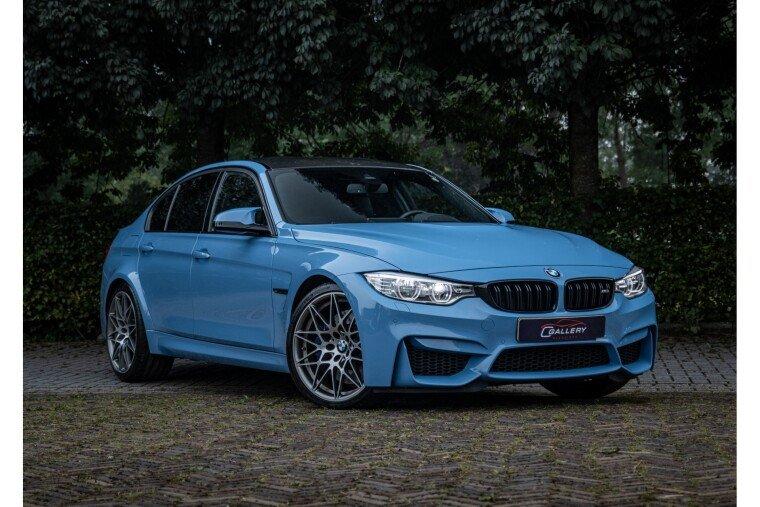 Foto van BMW 3 Serie M3 Competition DCTA - Carbon delen   H/K   Sportstoelen - Incl. 6 mnd GARANTIE!