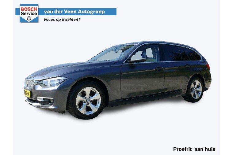 Foto van BMW 3 Serie Touring 316i 136 PK | Navigatie