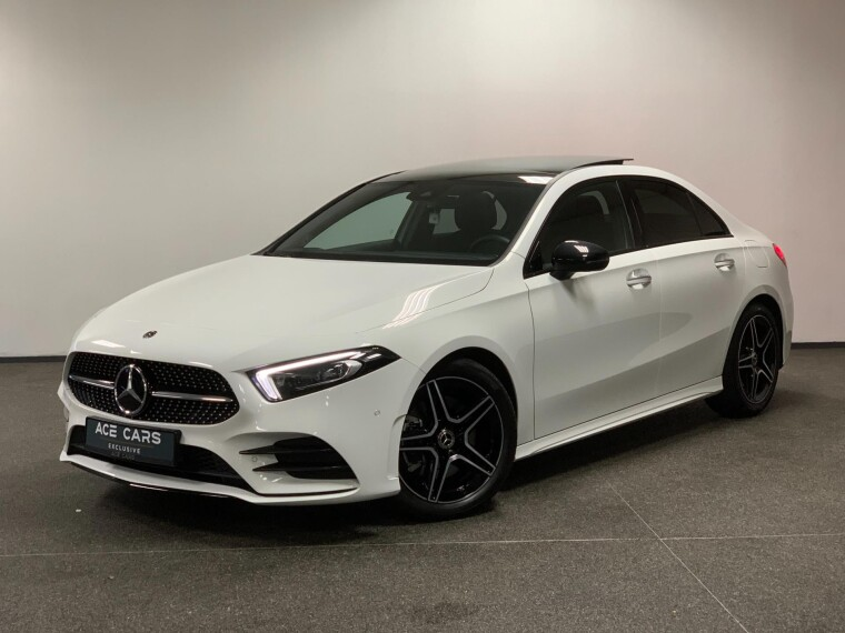 Mercedes-Benz A220 4MATIC AMG Package Burmester Memory Keyless Go DAB