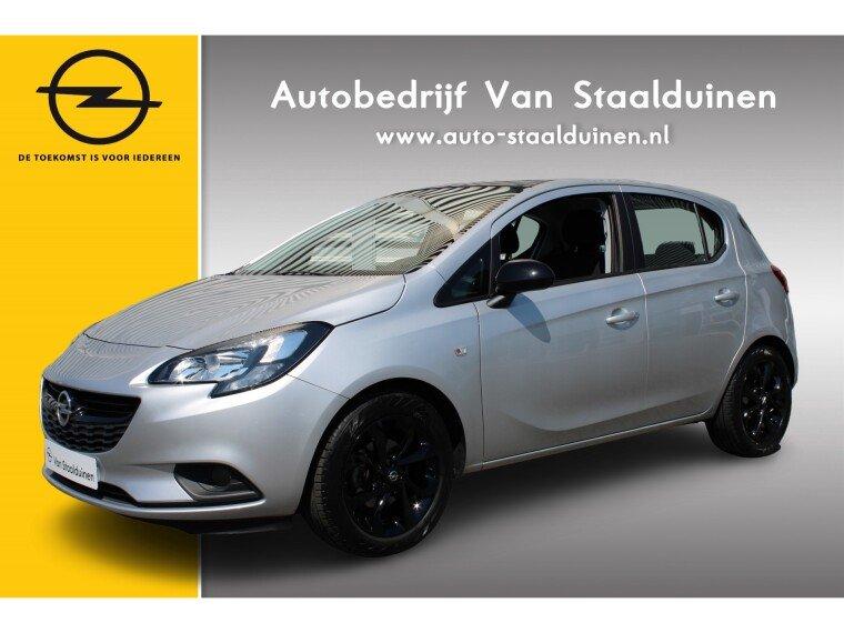 Foto van Opel Corsa 1.4 Black Edition