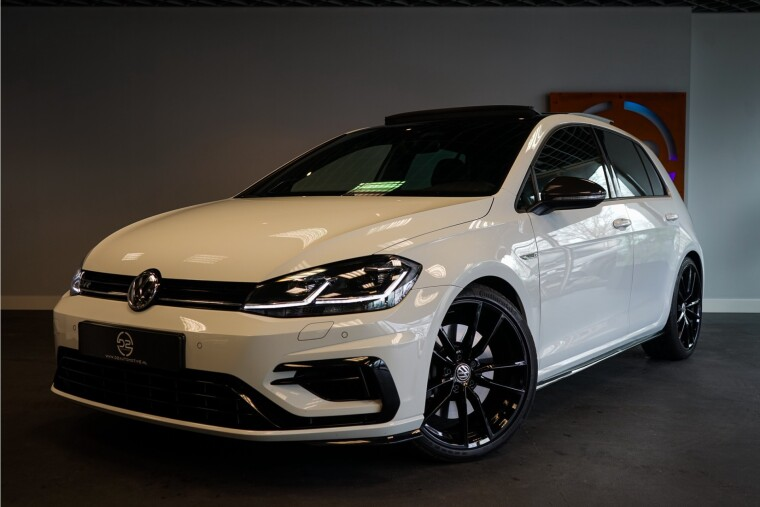 Foto van Volkswagen Golf 2.0 TSI 4Motion R 310PK | Pano | Dynaudio | Virtual | ACC VOL! Garantie