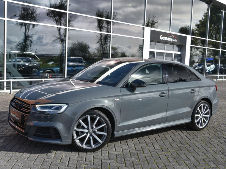 Audi A3 Limousine 1.6TDI S-Line Black Optic