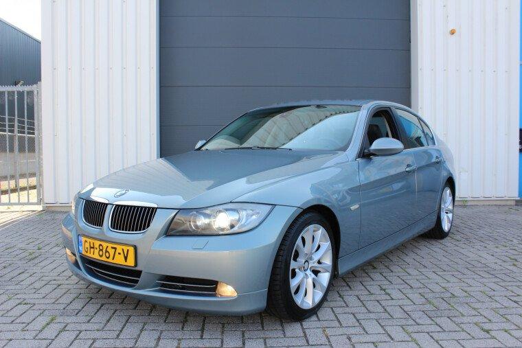 Foto van BMW 3 Serie 325i Executive