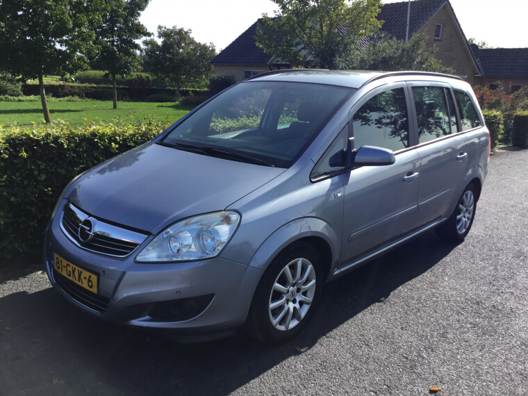 Foto van Opel Zafira 1.8 Temptation