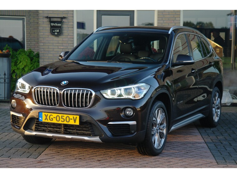 Foto van BMW X1 sDrive18d High Executive