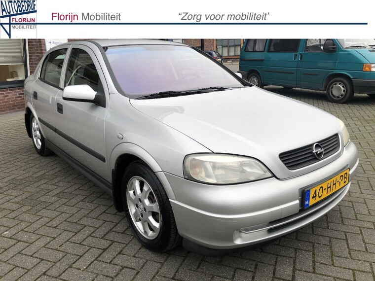 Foto van Opel Astra 1.6 Pearl