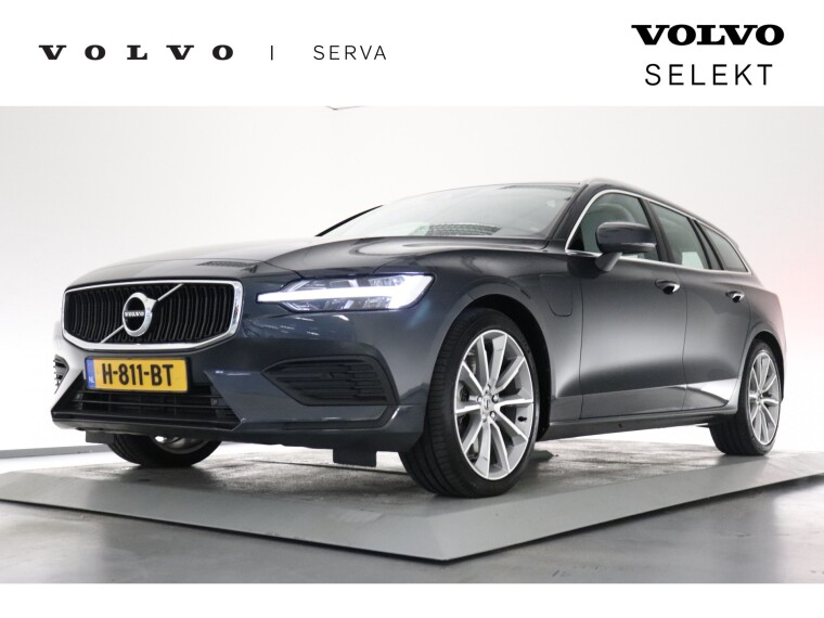 Foto van Volvo V60 T6 Twin Engine Momentum Pro