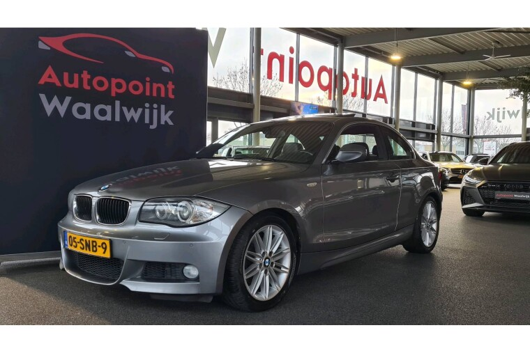 Foto van BMW 1 Serie Coupe 120i High Executive