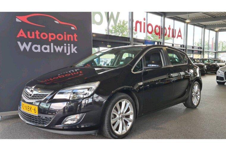 Foto van Opel Astra 1.4Turbo Sport