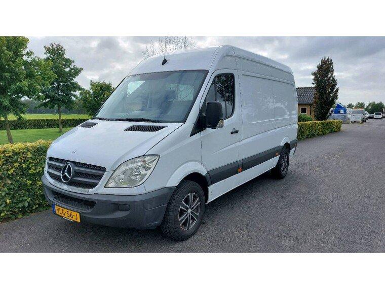 Foto van Mercedes-Benz Sprinter Sprinter 215 2.2 CDI 366