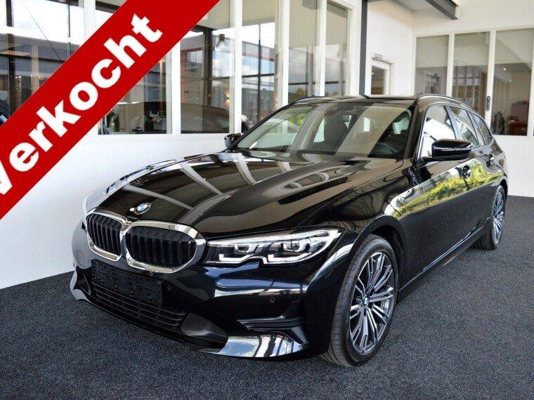 Foto van BMW 3 Serie Touring 318d Executive Edition Aut8 G21