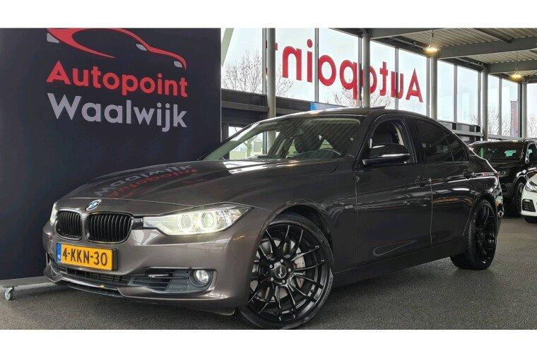 Foto van BMW 3 Serie 335i Hybrid High Executive