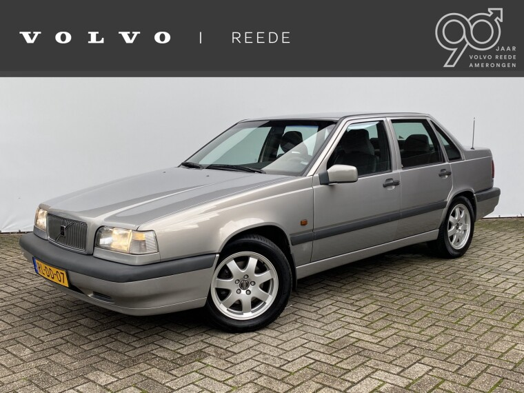Foto van Volvo 850 2.5 Sedan Holiday