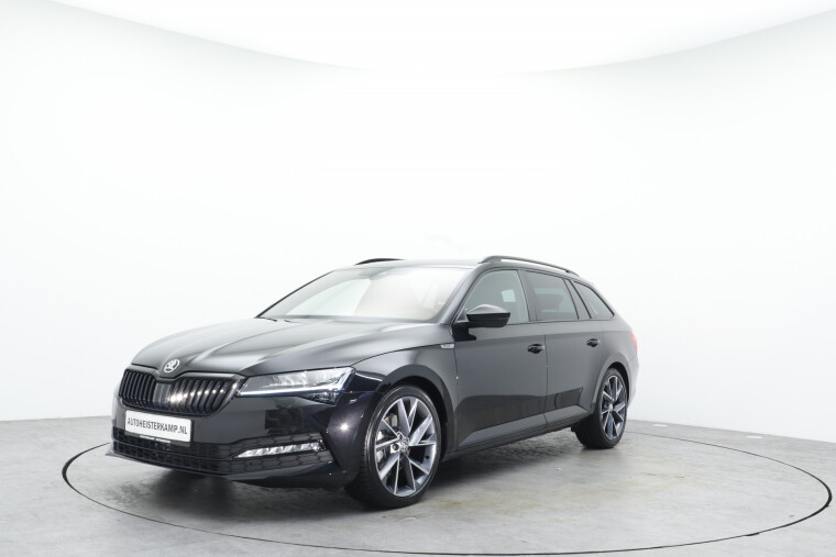 Škoda Superb Combi 2.0 TDI 190PK DSG/AUT Sportline Business Ink Trekhaak, Panoromadak, Winter-pakket, Full Led