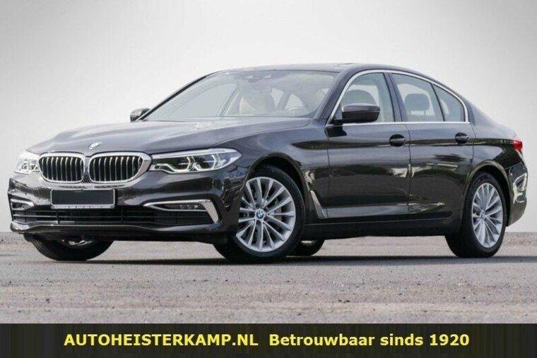 BMW 5 Serie 530i xDrive Luxury Line Head-Up Comfortstoelen Camera