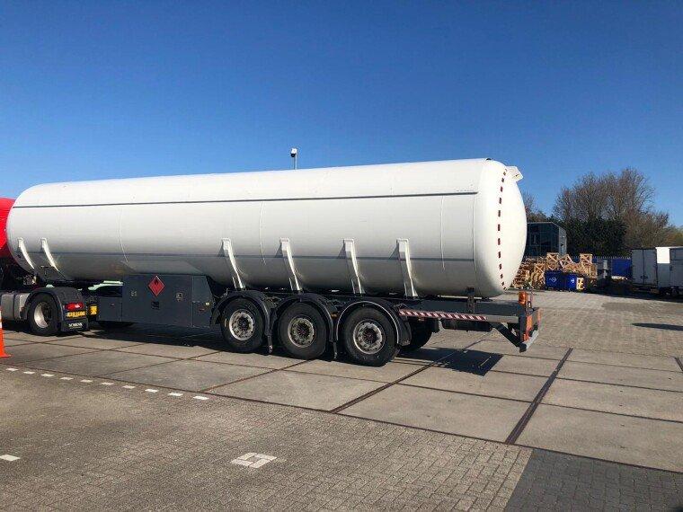 Foto van Burg Gas trailer 55000 liters (27,5 ton)