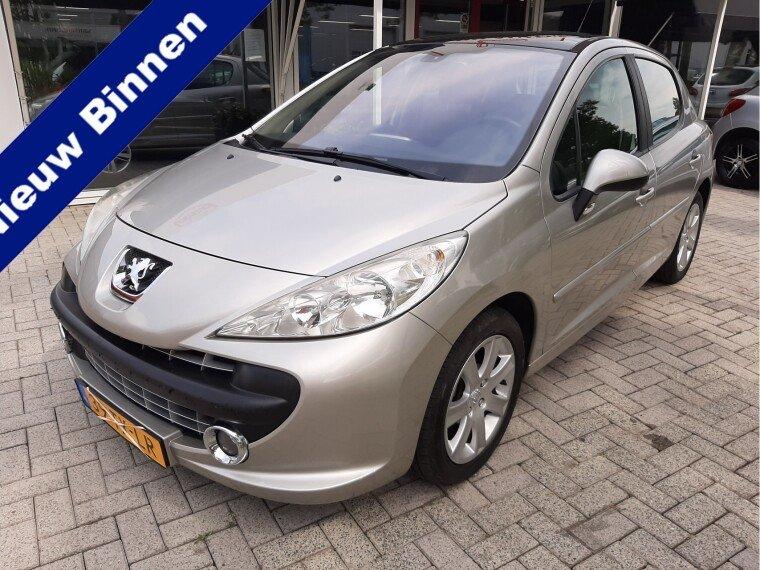 Foto van Peugeot 207 1.6-16V XS Pack
