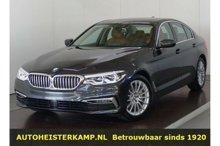 BMW 5 Serie 540i 340 PK Luxury Line ACC Head-Up Schuifdak