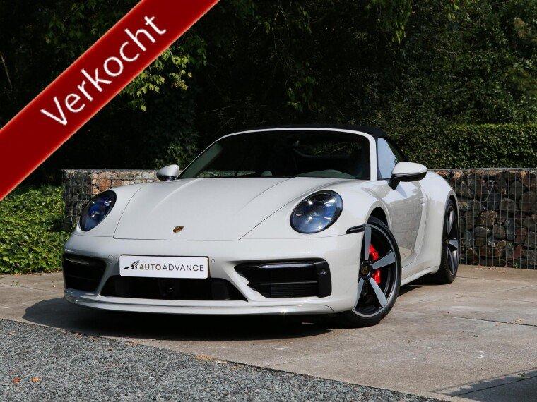 Foto van Porsche 911 992 Cabriolet Carrera 4S Porsche Exclusive Manufaktur