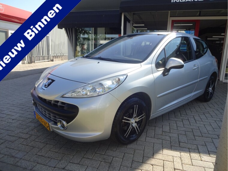 Foto van Peugeot 207 1.4-16V XS Pack