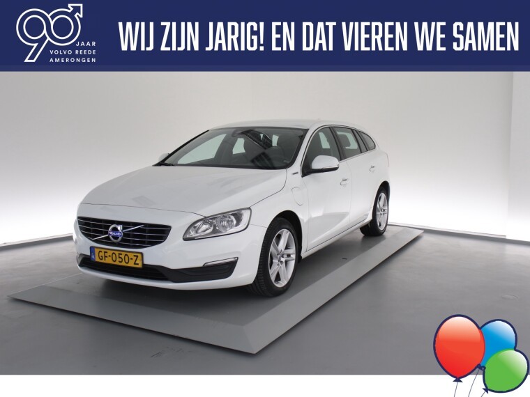 Foto van Volvo V60 D6 Twin Engine Momentum Business Pack Connect