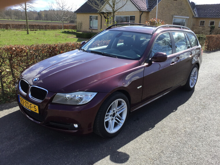Foto van BMW 3 Serie Touring 320d High Executive