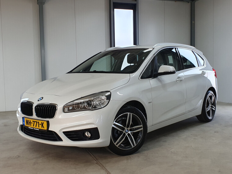 BMW 2 Serie Active Tourer 216i Centennial Executive SPORT led sportstoelen navigatie