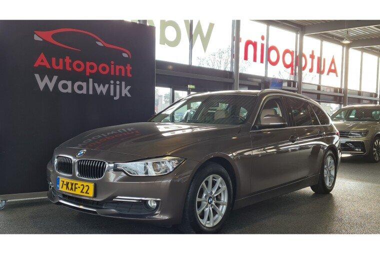 Foto van BMW 3 Serie Touring 320d High Executive