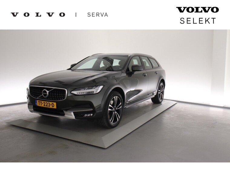 Foto van Volvo V90 Cross Country D4 AWD Pro Geartronic | Scandinavian Line |