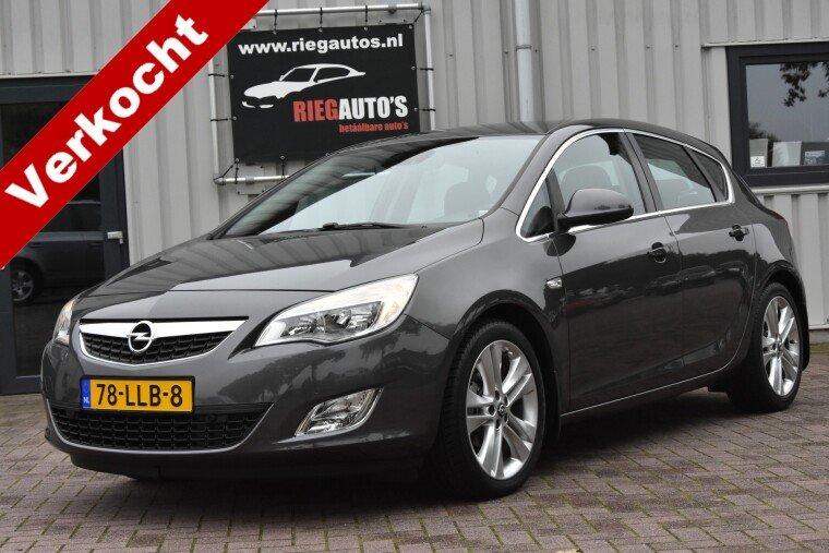 Foto van Opel Astra 1.6 Cosmo