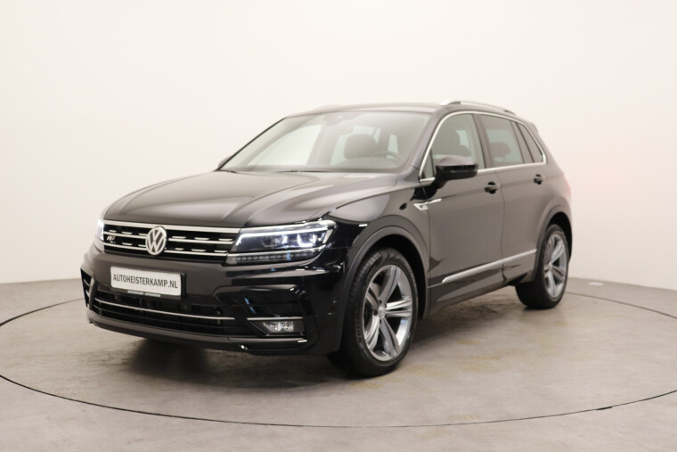 Volkswagen Tiguan 1.5 TSI 150PK DSG/AUT ACT Highline Business R Wegkl. trekhaak, Navigatie, 360 Camera