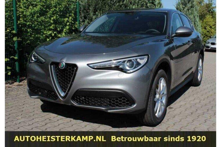 Alfa Romeo Stelvio 2.0 T AWD Super 280 PK ACC Camera Leder