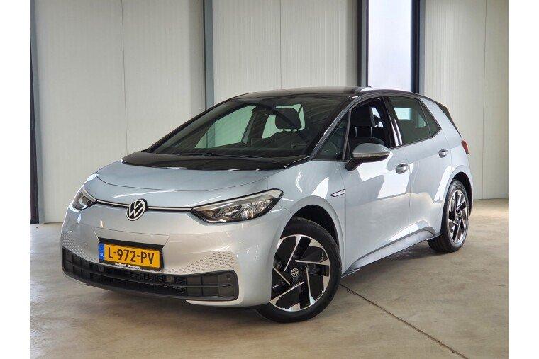 Volkswagen ID.3 Pro Performance 58 kWh 204pk (€ 32200,- ex btw) 8% bijtelling