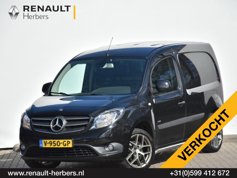 Foto van Mercedes-Benz Citan 111 CDI BlueEFFICIENCY / AIRCO / LICHTMETAAL / TREKHAAK / NAVI