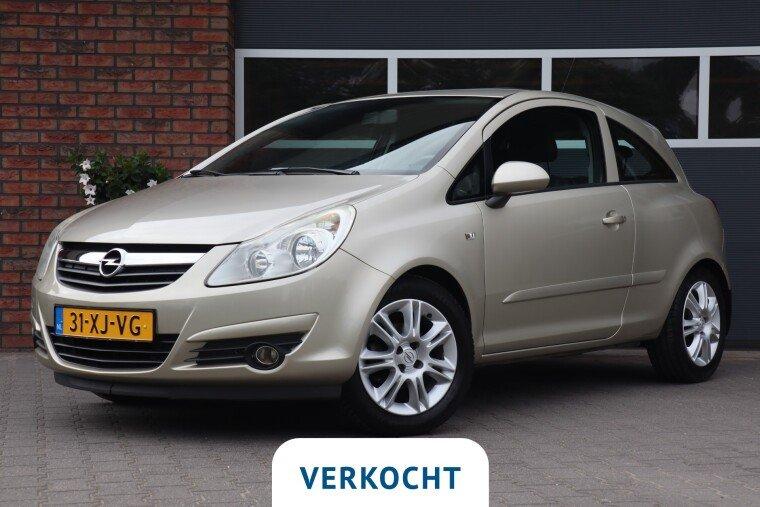 Foto van Opel Corsa 1.2-16V Enjoy
